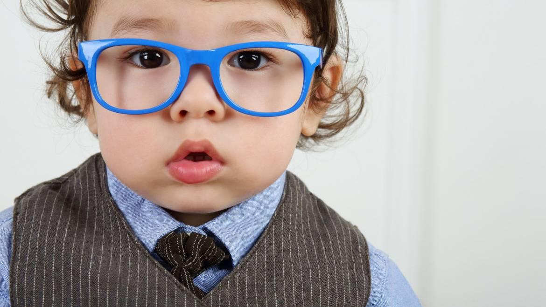 Importanța consultului oftalmologic pentru bebelușul tău
